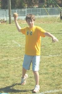softball-throw
